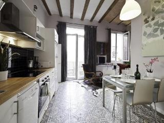 Cosy Ramblas. Quality+Affordability - Barcelona vacation rentals