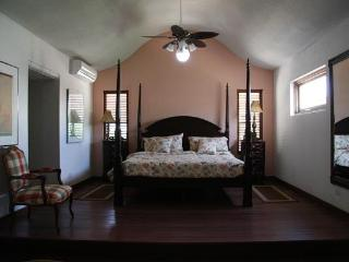 Gardenia Villa - West End vacation rentals