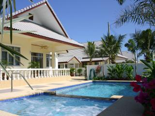 Pool villa, WHEELCHAIR ACCESS - Hua Hin vacation rentals
