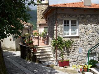 casetta entroterra 5 terre - Cinque Terre vacation rentals