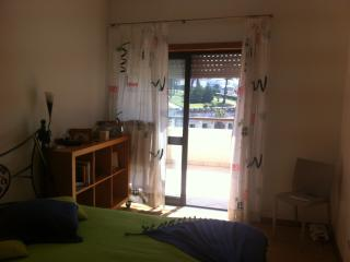 Perfect Condo with Balcony and Central Heating - Figueira da Foz vacation rentals