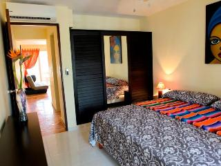 Dream vacation best condo in Playa Viva Maria apartment 5 minutes from the beach - Playa del Carmen vacation rentals