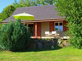 Cozy 2 bedroom Chalet in Champs-sur-Tarentaine-Marchal - Champs-sur-Tarentaine-Marchal vacation rentals