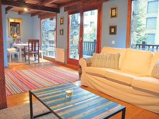 Beautiful chalet close to slopes - El Tarter vacation rentals