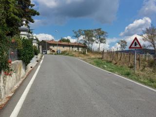 terratetto in colonica panoramica sulla citta' - Vaglia vacation rentals