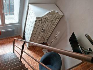 Nice Condo with Internet Access and Television - Bordeaux vacation rentals