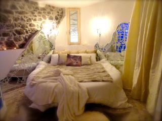 B&B Vistalago Nemi (Roma) - Suite Ninfea - Nemi vacation rentals