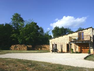 Nice Gite with Satellite Or Cable TV and Television - Angouleme vacation rentals