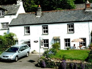 Crumplehorn Cottage No1 - Polperro - Polperro vacation rentals