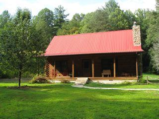 Deep Creek Log Cabin easy access at GSMNP entrance - Bryson City vacation rentals