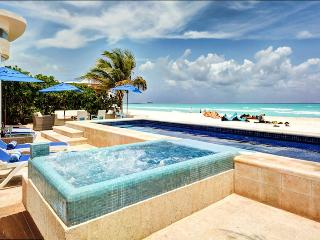 Beach Villa with Full Staff & Airport Transfers Walking Distance to Town! - Playa del Carmen vacation rentals