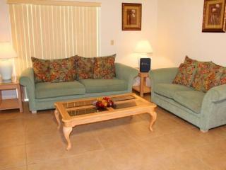3 Bedroom 2 Bathroom Pool Home in Indian Ridge. 2157 - Orlando vacation rentals