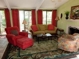 Hilton Head Beach Villa 18 - 3 Bedroom 3 Bathroom Oceanview Townhome - Hilton Head vacation rentals