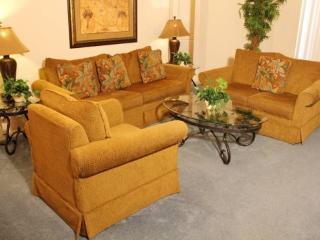 5 Bedroom 3 Bathroom Pool Home in Silver Creek. 6403 - Orlando vacation rentals