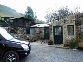 Comfortable Barn with Internet Access and Refrigerator - Grassington vacation rentals