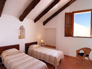 Bright 2 bedroom Conca dei Marini House with Internet Access - Conca dei Marini vacation rentals