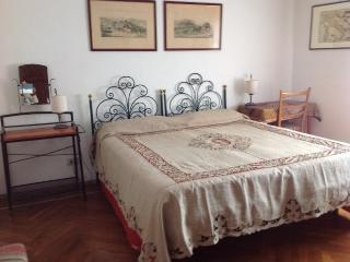 Cozy 3 bedroom Bed and Breakfast in Arignano - Arignano vacation rentals