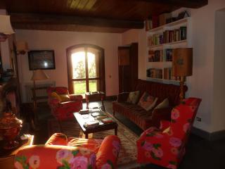Bright 4 bedroom Bolsena Farmhouse Barn with Internet Access - Bolsena vacation rentals