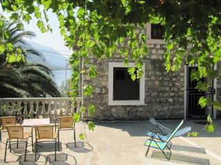 Vila Muki - lovely house, 30m from the sea - Orahovac vacation rentals
