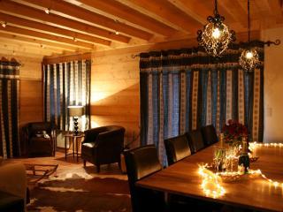 Charming 4 bedroom Morzine-Avoriaz Chalet with Internet Access - Morzine-Avoriaz vacation rentals