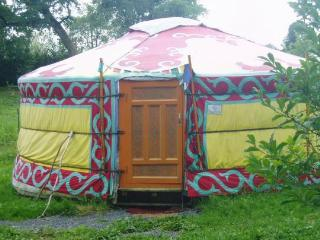 Romantic 1 bedroom Yurt in Potelle - Potelle vacation rentals