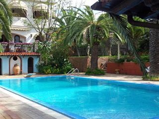 5 bedroom Villa in Trappitello, Taormina, Sicily, Italy : ref 2230537 - Trappitello vacation rentals