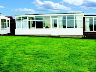Beautiful 2 bedroom Chalet in Mundesley - Mundesley vacation rentals