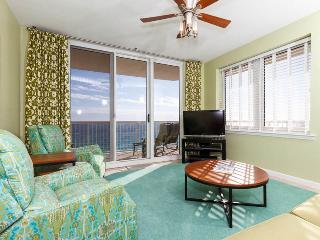 Bright 3 bedroom Navarre Apartment with Internet Access - Navarre vacation rentals