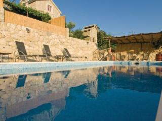 old stone house LELAS - Omis vacation rentals