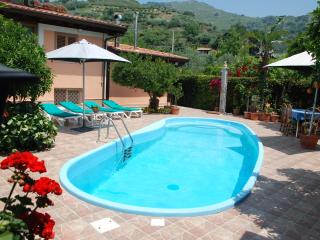 Nice Villa with Internet Access and A/C - Gaggi vacation rentals