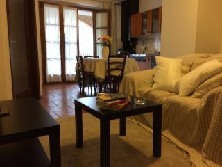 Appartamento Laura - Gualdo vacation rentals