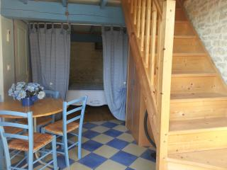 5 bedroom Guest house with Internet Access in Lucon - Lucon vacation rentals