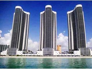 Luxury 2br/2ba Trump Tower On The Ocean, Beach! Breathtaking Views! - Sunny Isles Beach vacation rentals