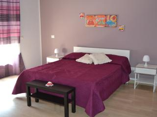 Perfect 5 bedroom Bed and Breakfast in Gaggi - Gaggi vacation rentals
