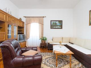 Sunny apartment Bacvice beach - Central Dalmatia Islands vacation rentals