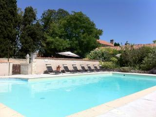 2 bedroom Cottage with Internet Access in Charente - Charente vacation rentals