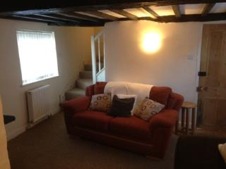 Comfortable Cottage with Internet Access and Satellite Or Cable TV - Bottesford vacation rentals