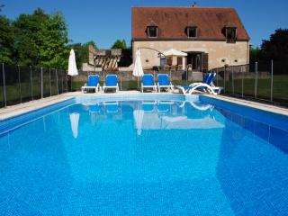 Perfect 5 bedroom Barn in Moulins-Engilbert - Moulins-Engilbert vacation rentals