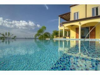 Villa Ariana, Walk to Smugglers (Owner Rep) - Belmont vacation rentals