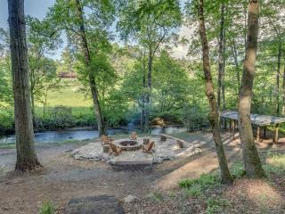 A Bit Of It All - Blue Ridge, GA - Ellijay vacation rentals