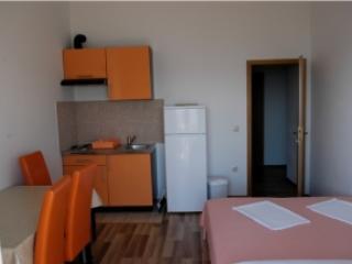 Apartmani Zoran Apartman Omis 5 - Image 1 - Omis - rentals
