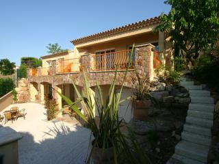 A luxurious villa with small private pool in Theoule - Théoule sur Mer vacation rentals