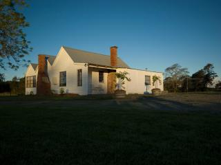 Button's Cottage rural retreat -private & secluded - Tasmania vacation rentals