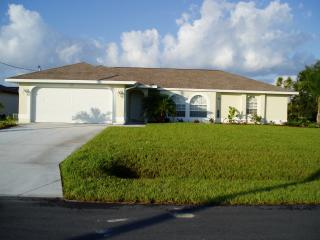 Gulf Coast Luxury Villa Nature reserve pool & wifi - Rotonda West vacation rentals