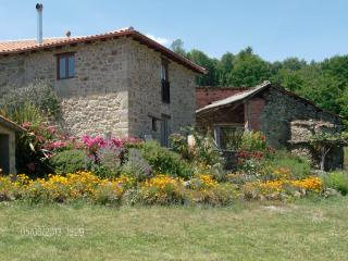 Cozy 3 bedroom Farmhouse Barn in Lugo - Lugo vacation rentals