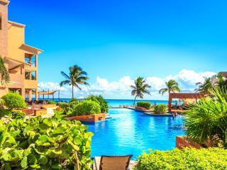 EL FARO 1 BEDROOM CONDO OCEAN VIEW WATER FRONT - Playa del Carmen vacation rentals