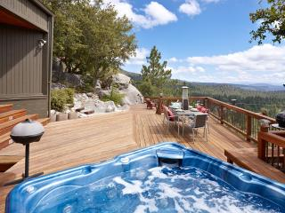 The View - Hot Tub and Amazing Views - Idyllwild vacation rentals