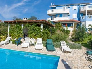 Charming 2 bedroom Condo in Kozino - Kozino vacation rentals