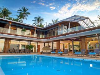 Crystal Luxury Villa : the Best View of Samui - Bophut vacation rentals