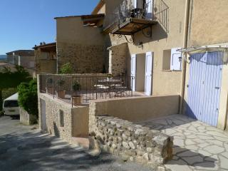 Nice 1 bedroom Apartment in Sainte-Croix-du-Verdon with Internet Access - Sainte-Croix-du-Verdon vacation rentals